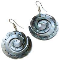 Boucles d'oreilles en nacre en coquillages vente en ligne dans la boutique Matajava