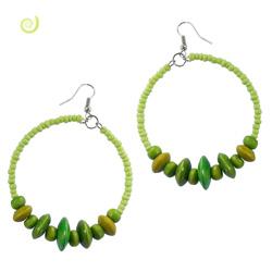 Boucles d'Oreilles Vertes Grands Anneaux Rocailles et Perles en bois