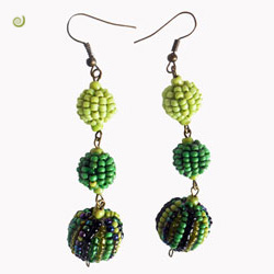 Boucles d'oreille pendantes Boules en perles de rocaille vertes | Vert anis