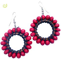 Boucles d'Oreilles Rouges Originales Perles en Bois sur Anneaux en Coco