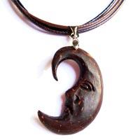 Collier pendentifs en noix de coco en vente dans la boutique en ligne Matajava