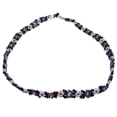 Collier en perles de rocaille motif fleur Artisanat