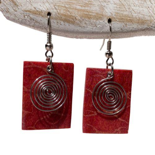 Boucles d'oreilles Originales Rectangles en Corail Rouge avec spirales en métal