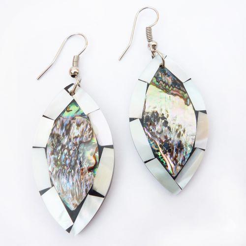 Boucles d'oreilles Forme Amandes en nacre abalone et nacre blanche