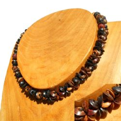 Collier Original ras de cou Perles en Noix de Coco sur élastique
