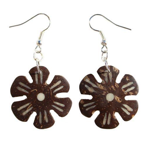 Boucles d'oreilles artisanales en noix de coco forme Fleurs