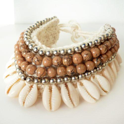 Bracelet de Cheville en Crochet et Coquillages Cauris Perles Marrons et argentées
