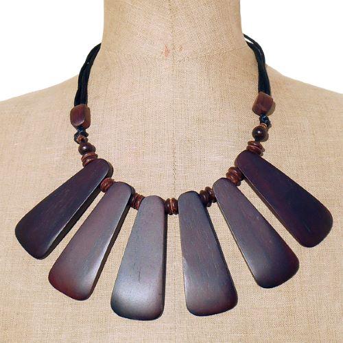 Collier bois Ethnique plastron en lamelles imposantes