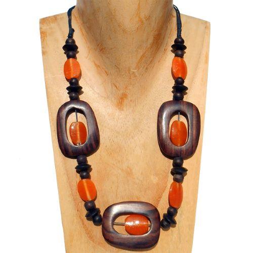 Collier Original mi-long en bois naturel et pâte de verre Orange