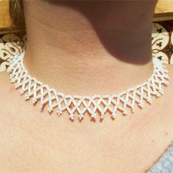 Collier Blanc Collerette fine en perles rocailles et tubes Artisanal