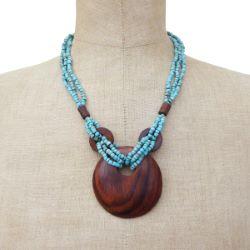 Collier Original mi-long perles de rocaille turquoises Pendentif rond en bois naturel