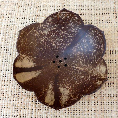 Porte savon en noix de coco en forme de fleur