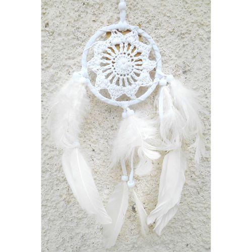 Dreamcatcher Attrape-Rêves Tout Blanc Plumes Macramé et Perles
