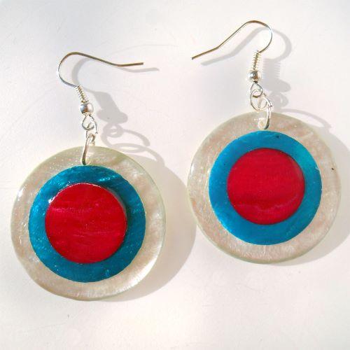 Boucles d'oreilles originales en nacre Cercles bleus et rouges