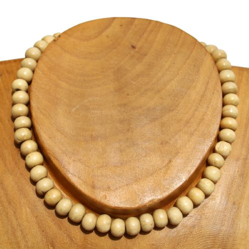 Collier perles en bois clair naturel vernis Pour Homme ou Femme