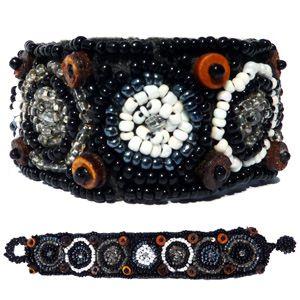 Bracelet noir et blanc broderie en perles de rocaille