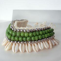 Bracelet de Cheville en Crochet et Coquillages Cauris Perles Vertes et argentées