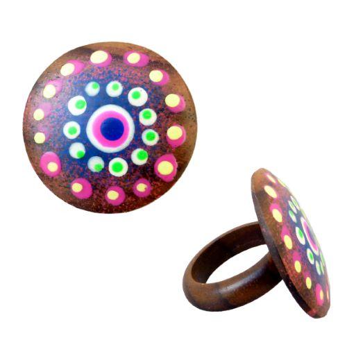 Bague en bois ronde décor à points multicolores