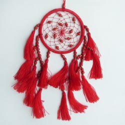 Petit dreamcatcher en perles et pompons couleur rouge