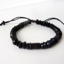 Bracelet noir ajustable en perles en noix de coco et bambou