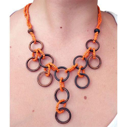 Collier Anneaux en noix de coco et perles de rocaille oranges