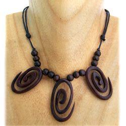 Collier en bois style ethnique 3 Spirales sur cordon ajustable