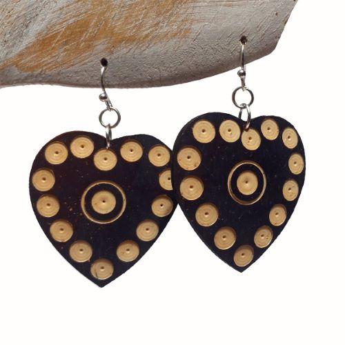 Boucles d'Oreilles Originales Coeurs en Noix de Coco gravée