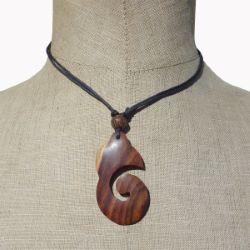 Collier cordon pendentif original en bois naturel