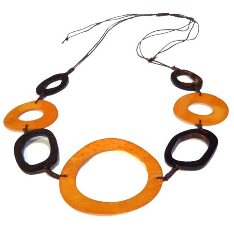 Collier style ethnique création originale cercles en os teinté Orange et Marron