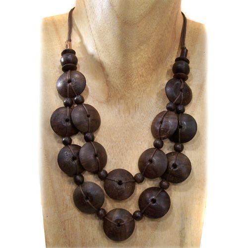 Collier perles en bois naturel sur cordon brun