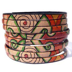 Bracelet artisanal en cuir décoré à la main