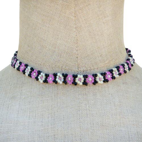 Collier fleurs en perles de rocaille Beige Rose et Noir Artisanal