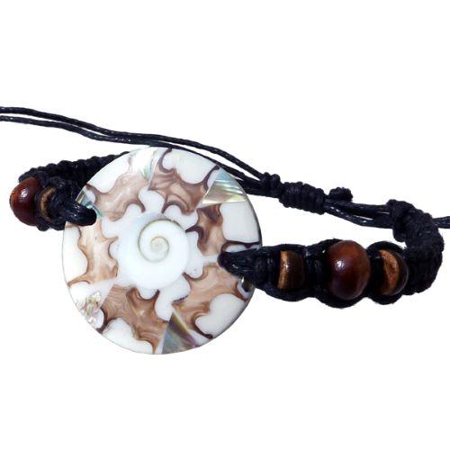 Bracelet médaillon mosaïque de nacre et oeil de Lucie