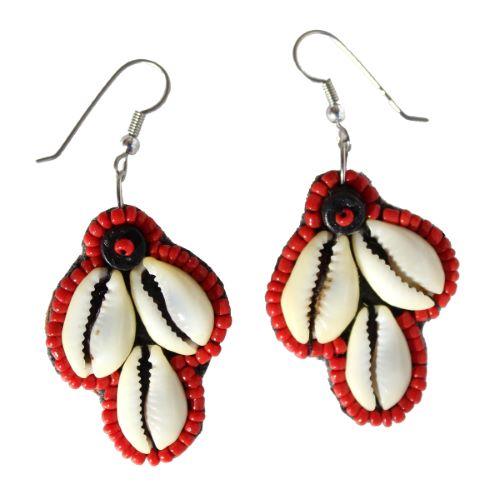 Boucles d'oreilles Originales pendantes Cauris et perles de rocaille rouges