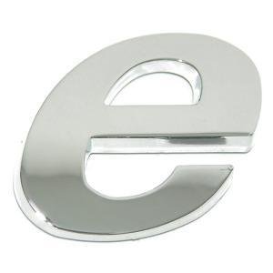 Lettre ''e'' 3D autocollante chromée