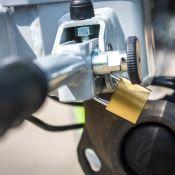 Porte-vélos sur attelage 4 vélos LUKE basculant - EUFAB