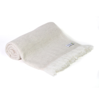 Herringbone throw in cashmere and wool: Almond Beige