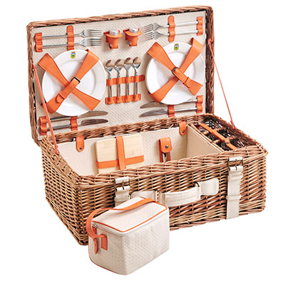 picnic basket - leather by Les Jardins de la Comtesse
