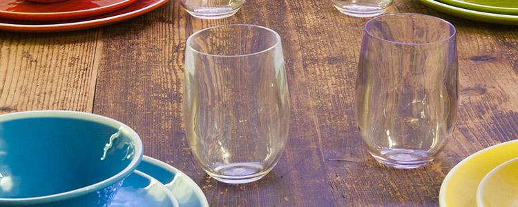 gama de vasos acrílicos irrompibles
