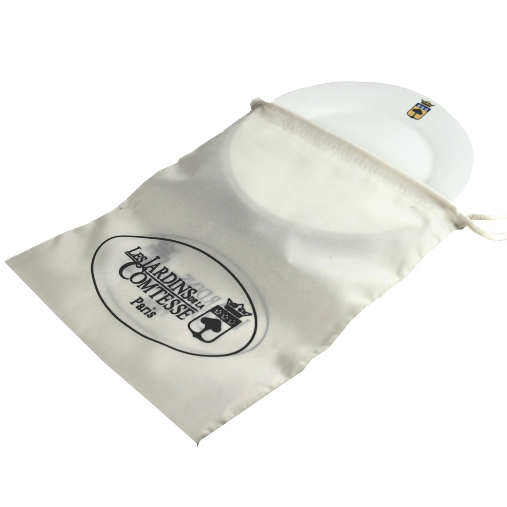 Small dirty polyester washing-up bag