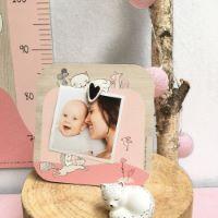 """Cadre-Photo bébé avec magnet en bois """"Lily le Chaton"""" - Cadeau bébé / enfant"""