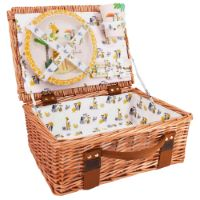 "Picnic basket ""Gigi the Giraffe"" for children in wicker and bamboo tableware"