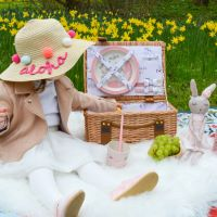 """Picnic basket """"Lily the Cat"""" for children in wicker and bamboo tableware"""
