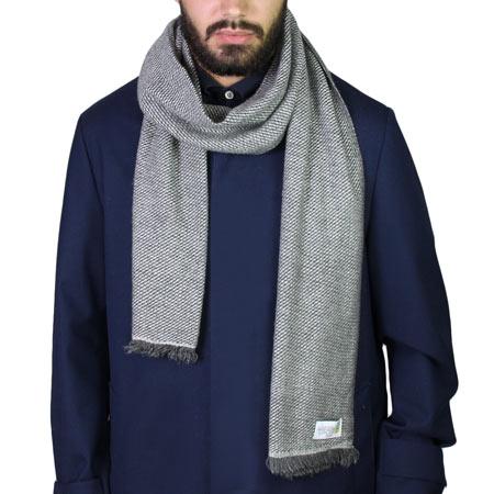 Echarpe en Cachemire et laine bicolore grise argentée et grise anthracite